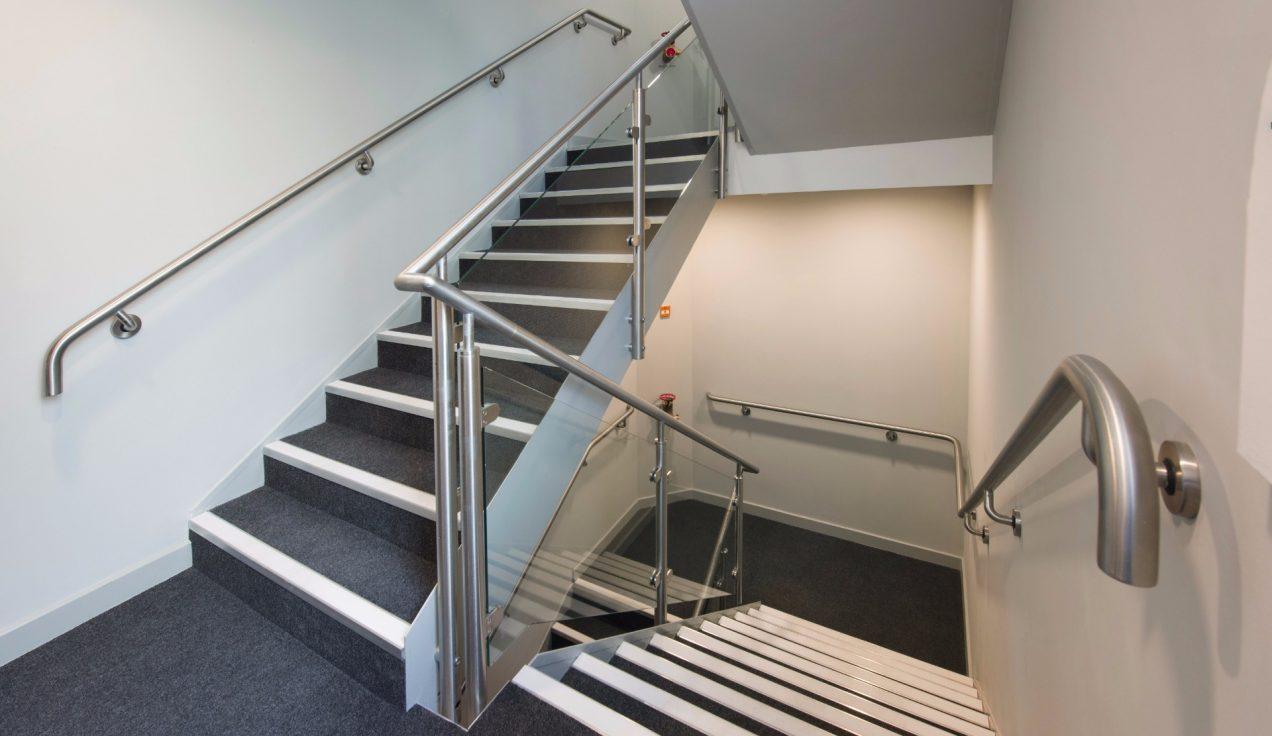 11 Paddington Exchange - B20 Post & Glass Stair Balustrade