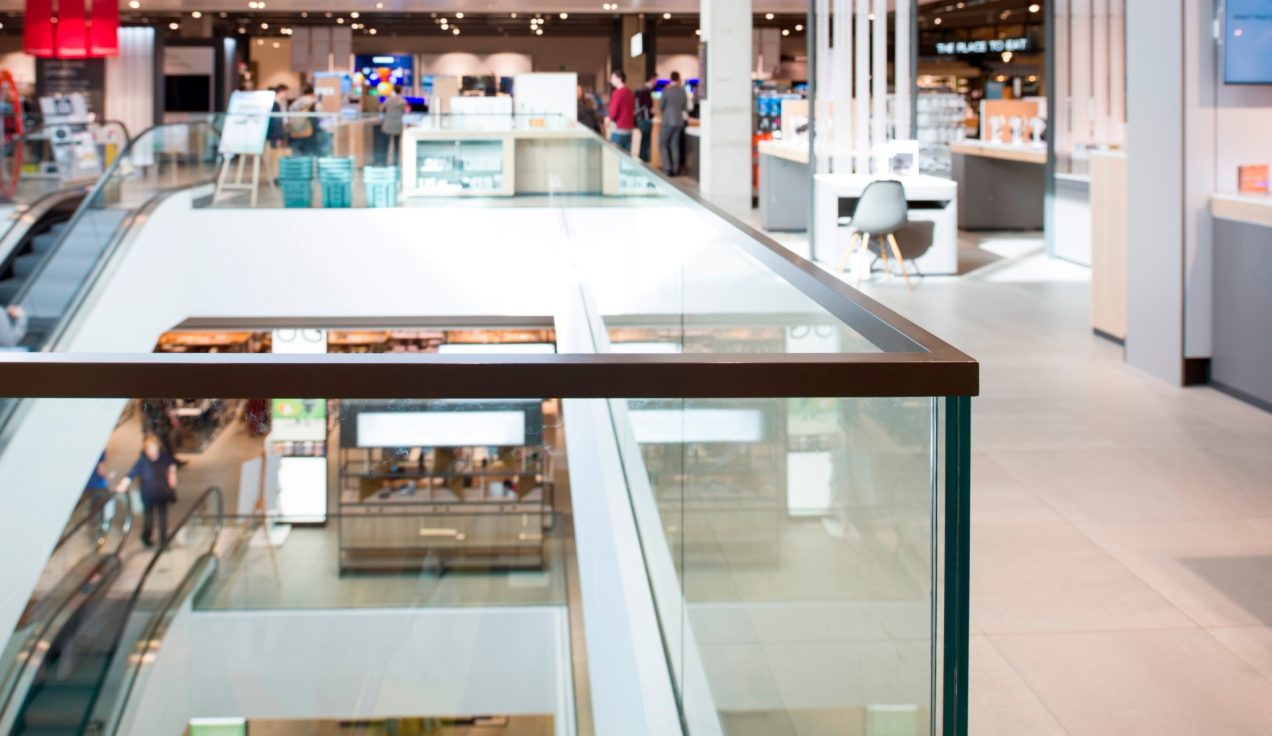 04 - John Lewis Oxford - Void Balustrade