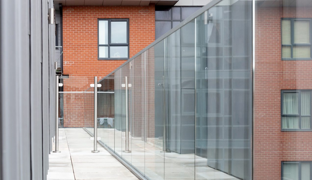 05 Simpson Street Glass Balustrades