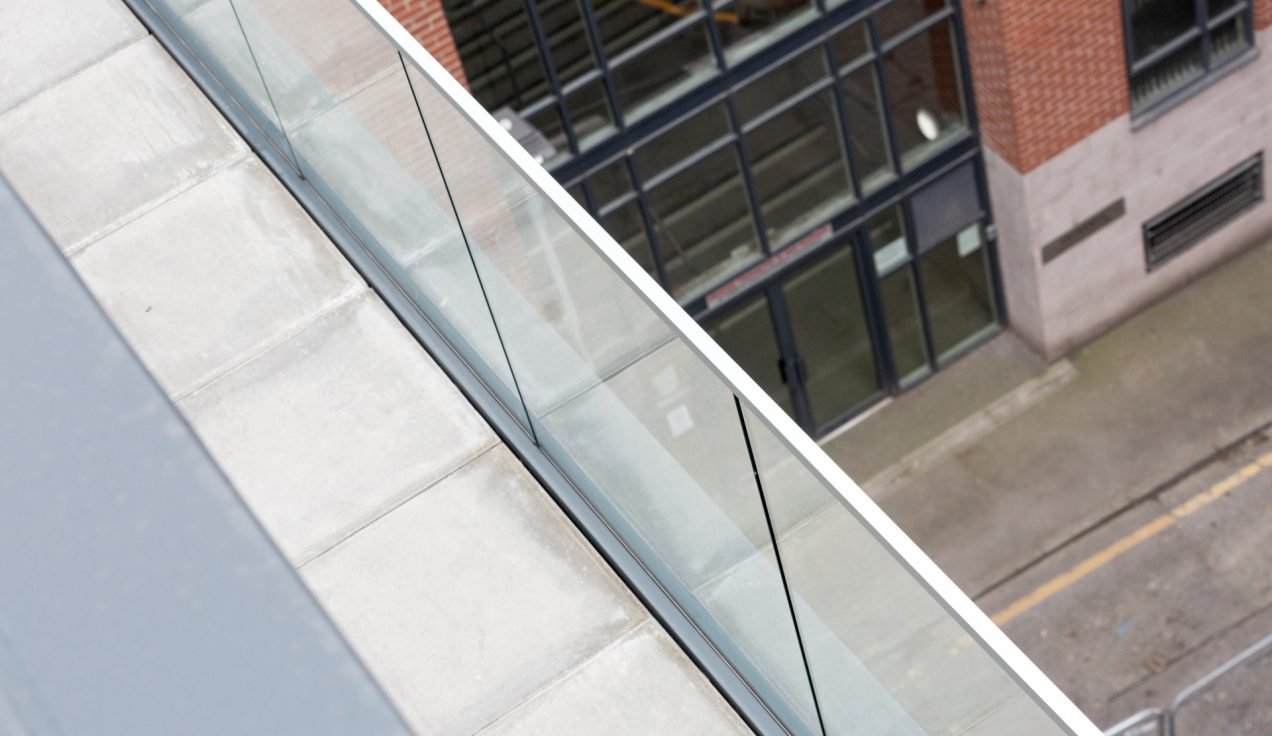 06 Simpson Street Glass Balustrades