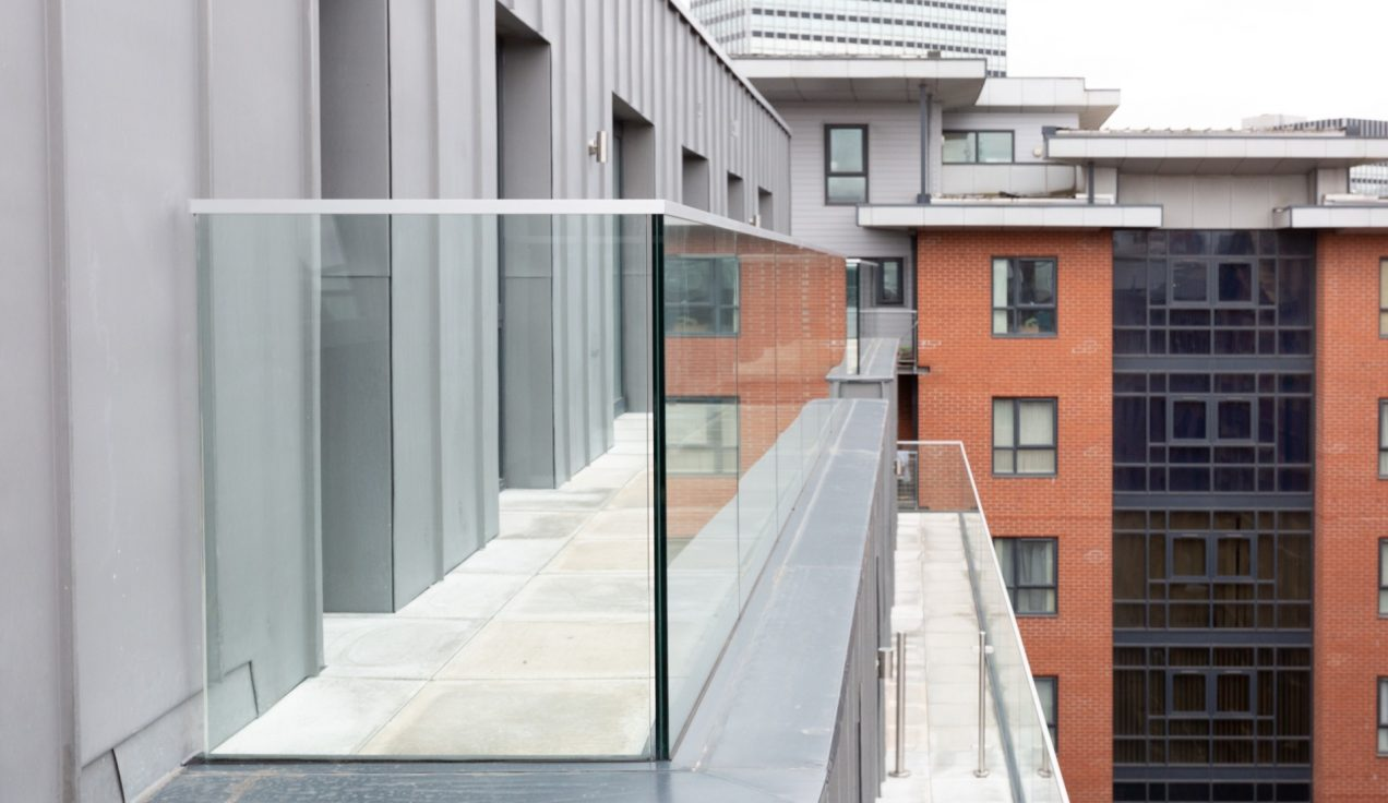 07 Simpson Street Glass Balustrades
