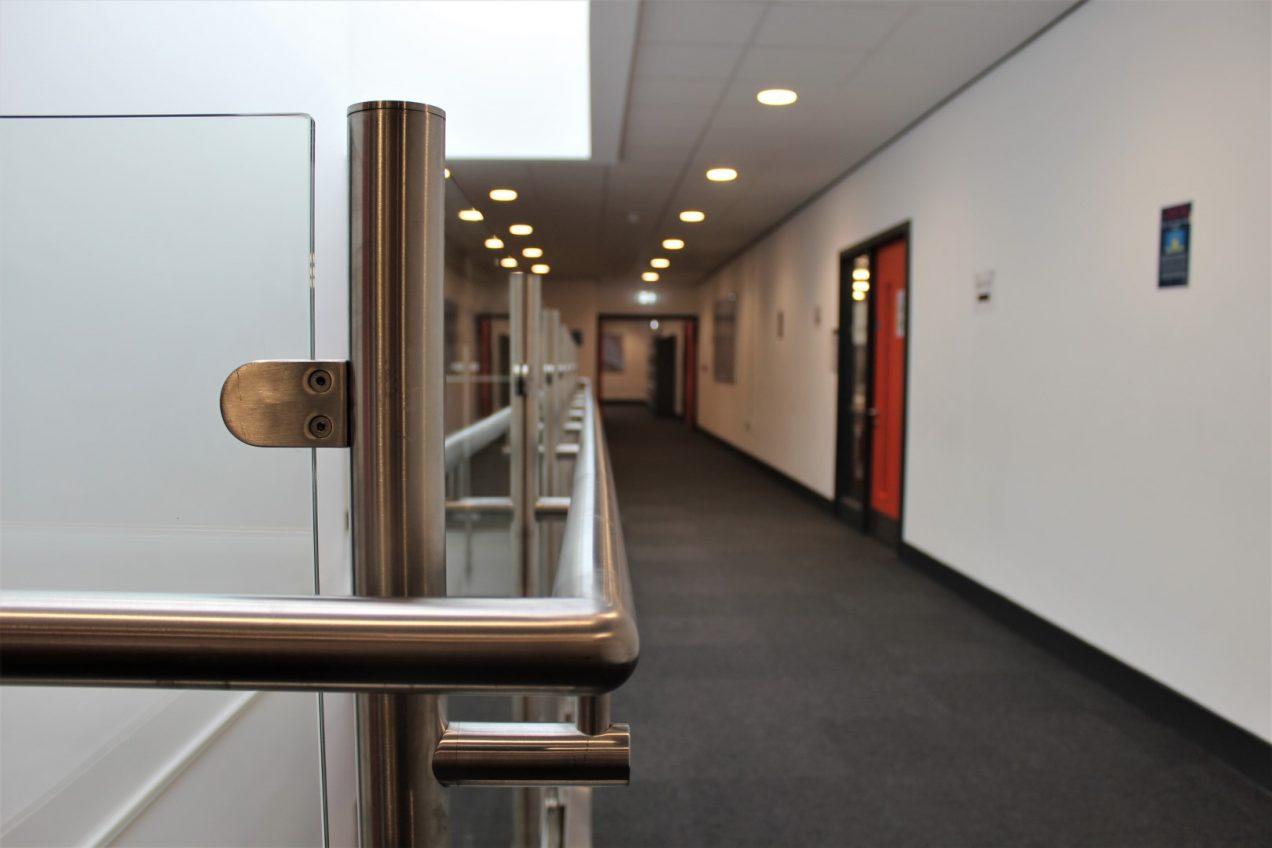 03 Post and Infill Atrium Balustrades
