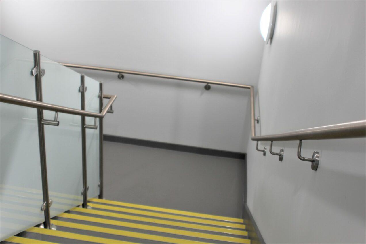 08 VBA99 Antimicrobial Metal Stair