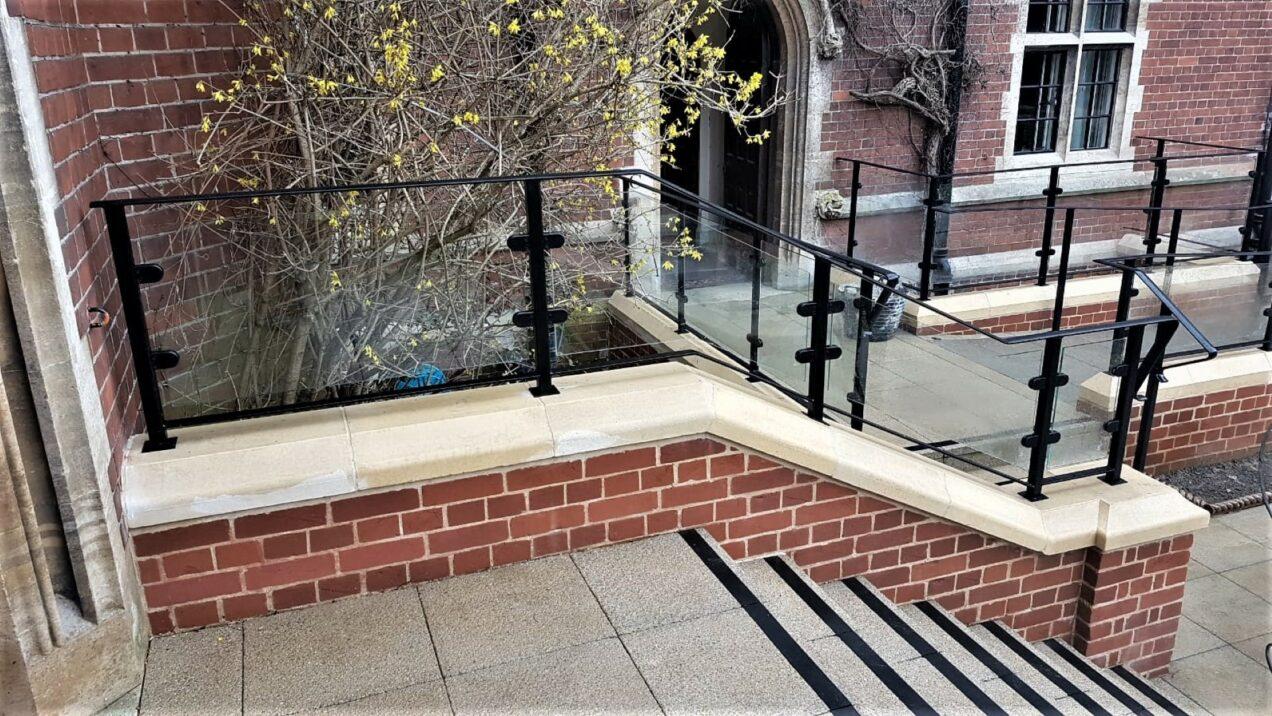 03 stair balustrades