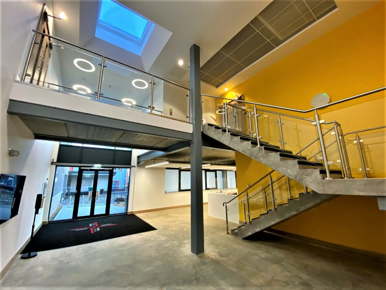 03 entrance stair and void balustrade