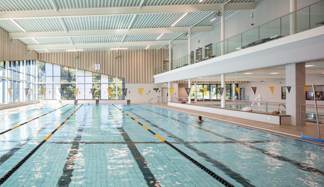 02 pool area