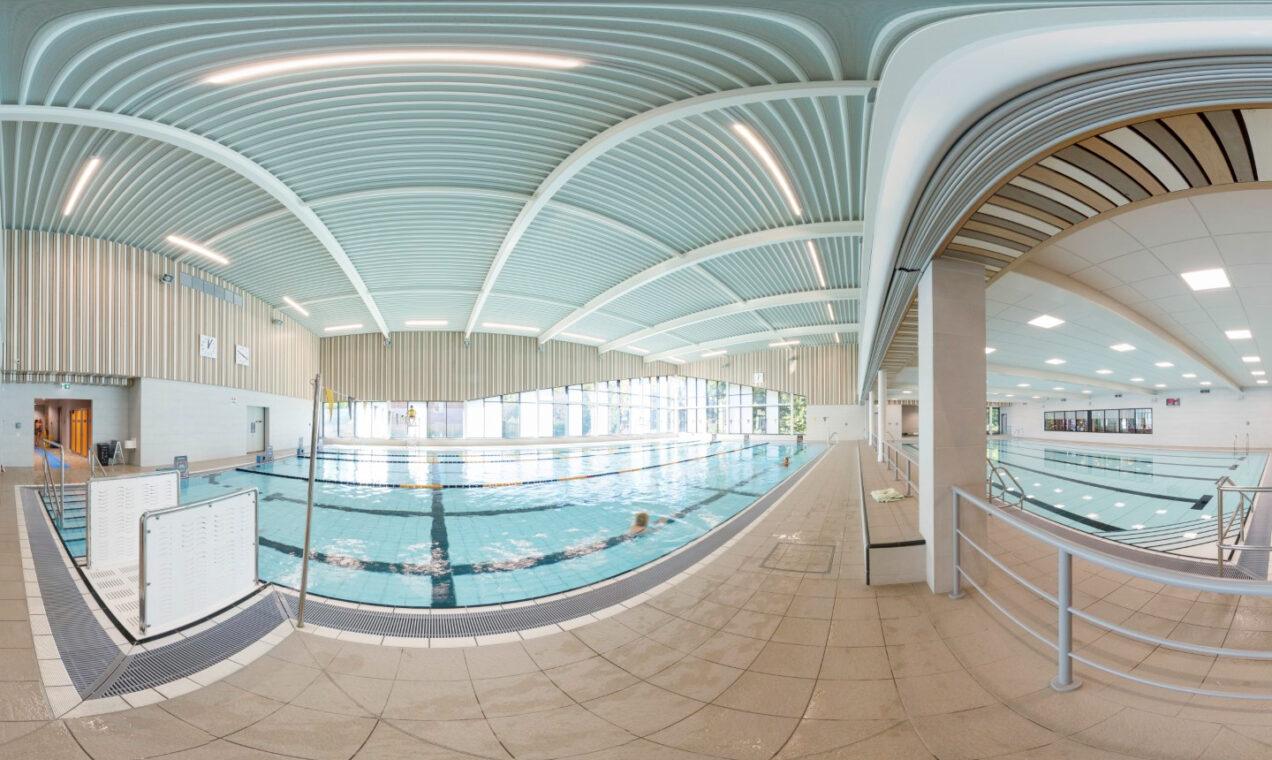 10 Pool railings
